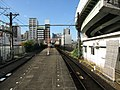 Nankai Shiomibashi Station platform - panoramio (6).jpg
