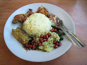 Betutu - Nasi campur Bali with ayam betutu