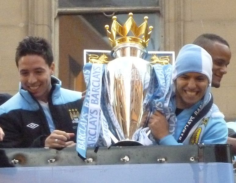 IMAGE(http://upload.wikimedia.org/wikipedia/commons/thumb/1/1a/Nasri_%26_Aguero_with_trophy.JPG/772px-Nasri_%26_Aguero_with_trophy.JPG)