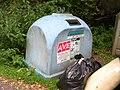 Nedamov, kontejner na papír.jpg