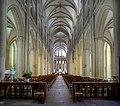 Nef de la cathédrale Notre-Dame de Coutances.jpg