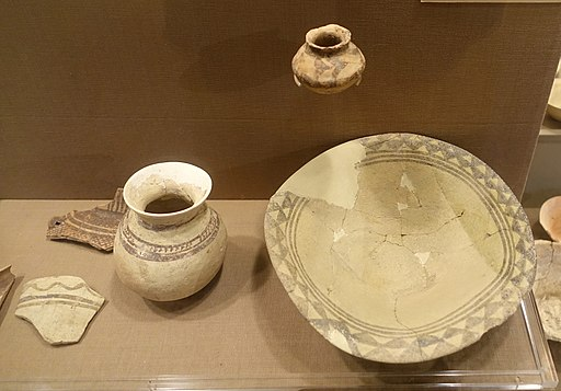 Northern Ubaid pottery from Tepe Gawra and other sites - Oriental Institute Museum, University of Chicago - DSC06940