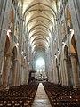 Noyon (60), cathédrale Notre-Dame, nef, vue vers l'est 1.jpg