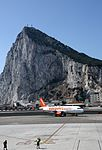 Nueva ruta aérea Gibraltar-Manchester (27979737642).jpg
