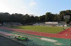 小田原市城山陸上競技場 - Wikipedia