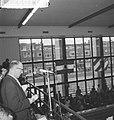 Opening Sportfondenbad Rotterdam Wethouder Roel Langerak houdt een toespraak, Bestanddeelnr 912-6071.jpg