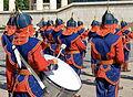 Orkiestra mongolskiej armii na placu Suche Batora w Ułan Bator 07.JPG