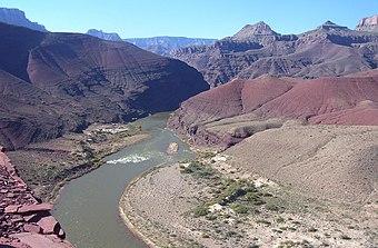 Річка колорадо на території скелястих