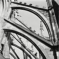 Overzicht van de luchtbogen aan de noordzijde van het koor - 's-Hertogenbosch - 20425438 - RCE.jpg