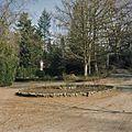 Overzicht van tuin bij Mariabeeld - Steijl - 20341988 - RCE.jpg