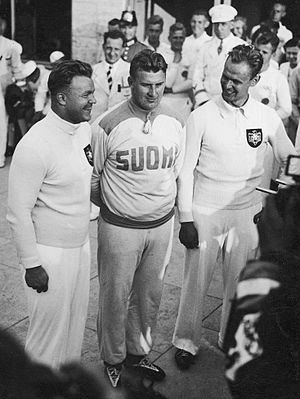 Athletics at the 1936 Summer Olympics – Men's shot put - Image: PIC 1 M 878 202 Berlin 1936 Shot put Hans Woellke Gerhard Stock Sulo Barlund