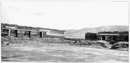 PSM V73 D400 Court on monte alban.png