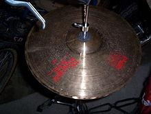 Cymbale Paiste 2002