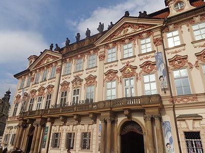 Palác Kinských (Staroměstské náměstí).JPG