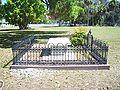 Palaka Bronson grave01.jpg