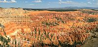 Panorama Bryce Canyon-Utah-USA.jpg