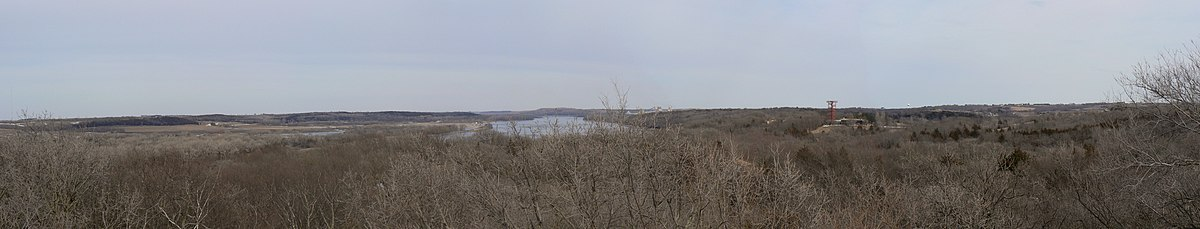 This image has an empty alt attribute; its file name is 1200px-Panorama_from_tower_at_Platte_River_State_Park.jpg