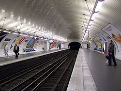 Avron (metropolitana di Parigi)