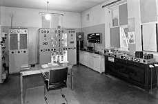 Pasila broadcasting station's short wave transmitter Helsinki II and Helsinki III, 1944. (15487658955).jpg