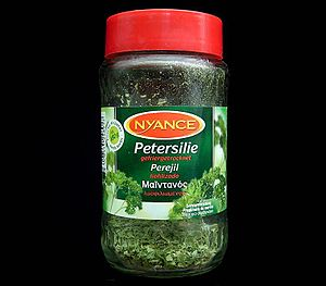 Parsley - Freeze-dried parsley showing name in German and other languages on the label