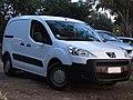 Peugeot Partner 1.6 HDi Cargo 2012 (15237626128).jpg