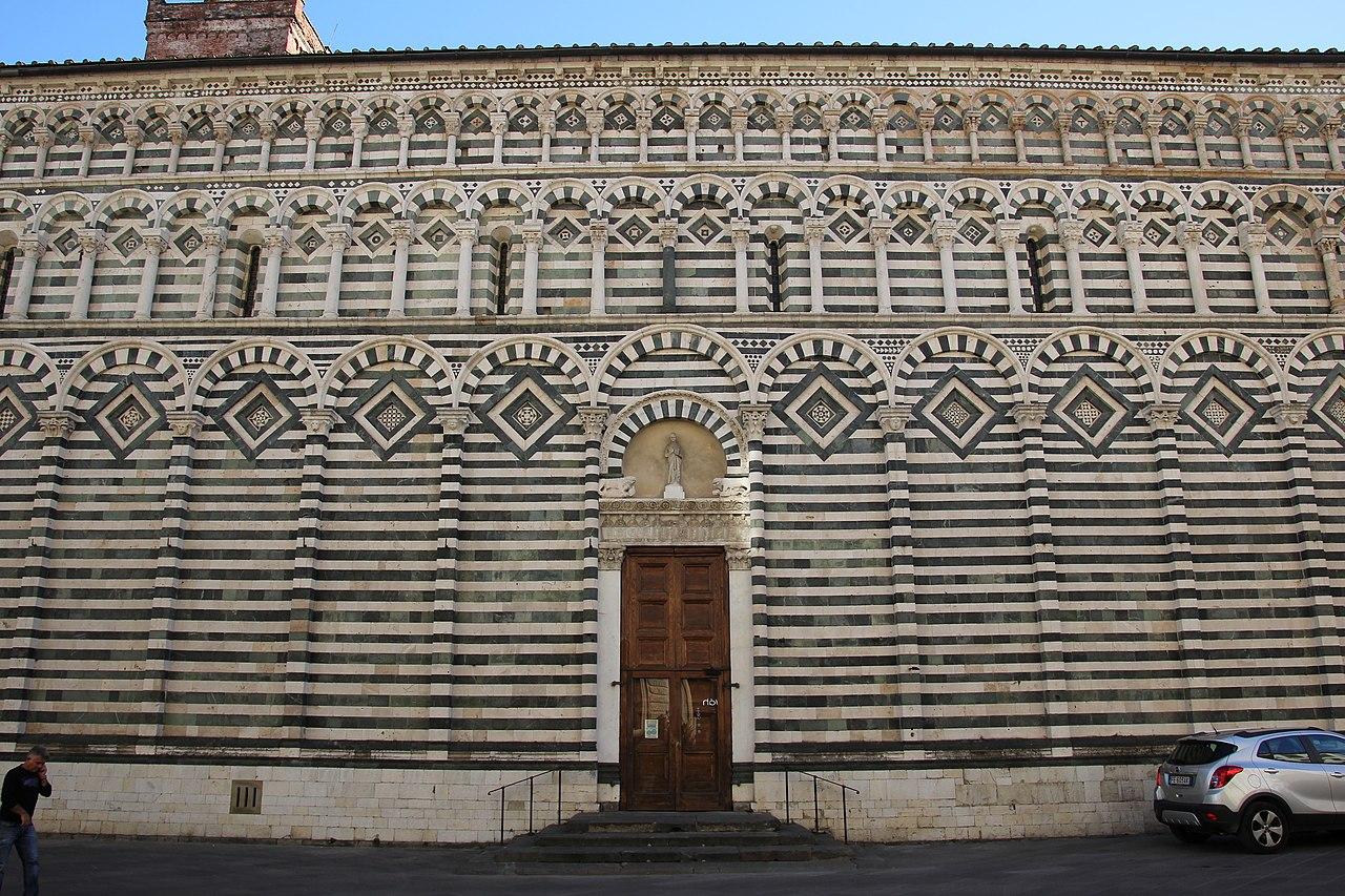 Pistoia, chiesa di San Giovanni Fuorcivitas (05).jpg