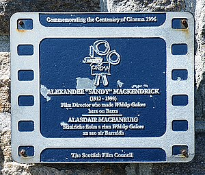 Plaque to Sandy Mackendrick - geograph.org.uk - 1365325.jpg