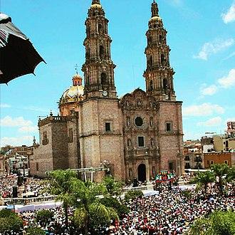 San Juan de los Lagos - Basilica of San Juan de los Lagos