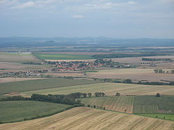 Pohled z Hazmburku, Chotěšov.JPG