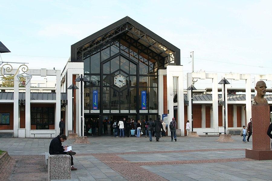 Gare de Poissy - Yvelines (France)