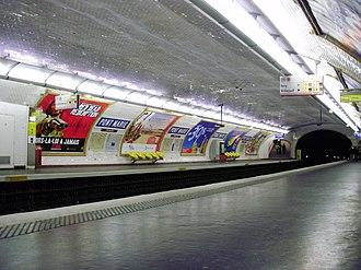 Pont Marie (Paris Métro) - Image: Pont Marie métro 03