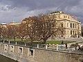 Praha, Staré Město, Alšovo nábřeží, Rudolfinum 04.jpg