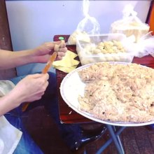 File:Preparation wonton.webm