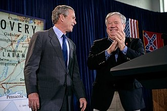 Haley Barbour - Barbour with President George W. Bush in 2006