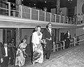 Prinses Beatrix bij opening nieuwe stadsschouwburg te Eindhoven, aankomst Prinse, Bestanddeelnr 916-9615.jpg