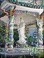 Quan Am (montagne de marbre, Danang) (4414490074).jpg