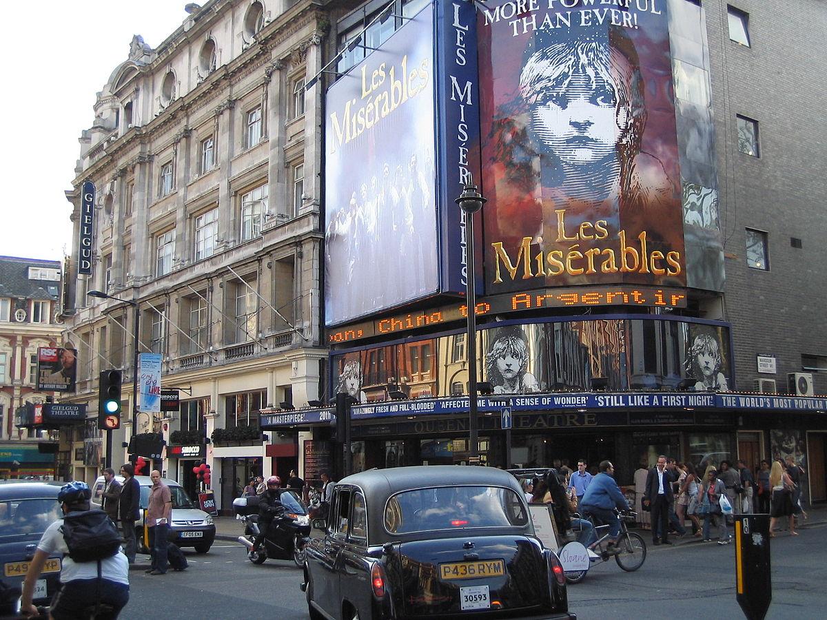 Les Miserables London Mit Hotel