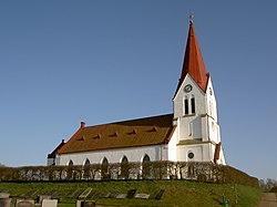 Röke kyrka ext1.jpg