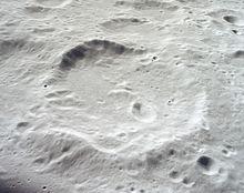 拉卡环形山