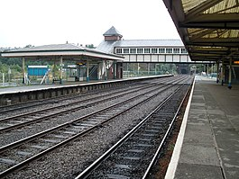 Railway Station, Bangor - geograph.org.uk - 1411757.jpg
