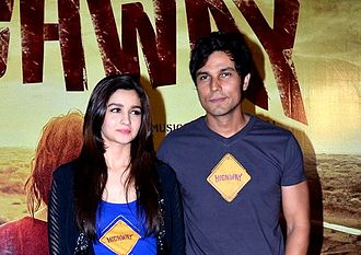 Randeep Hooda - Image: Randeep Hooda and Alia Bhatt First look launch of 'Highway'