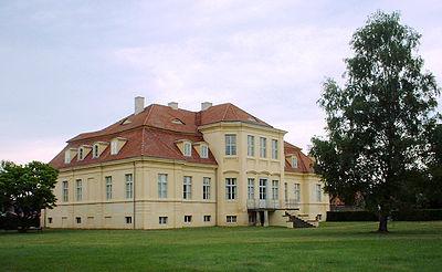 Reckahn manor house-5.jpg