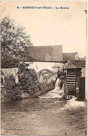 Remilly-sur-Tille Carte postale 10.jpg