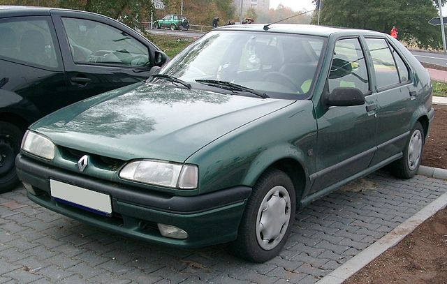 640px-Renault_19_front_20071031