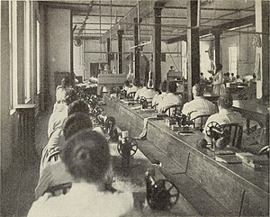Auburn Correctional Facility - Female prisoners in Auburn's workshop