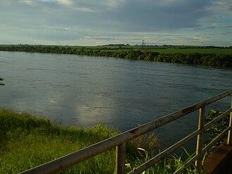Rio Grande (Paraná River) - The Rio Grande on the São Paulo/Minas Gerais border in Brazil. Photo taken at the bridge at the end of the Anhanguera Highway.