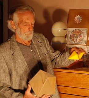 Robert Williams (geometer) American designer, mathematician and architect