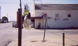 California State Route 180 - Image: Rolinda Store 2006