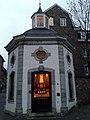 Roskapellchen Aachen, abends.jpg