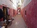 Ruelle rouge, Kasbah des Oudayas (Rabat, Maroc) (15561665430).jpg